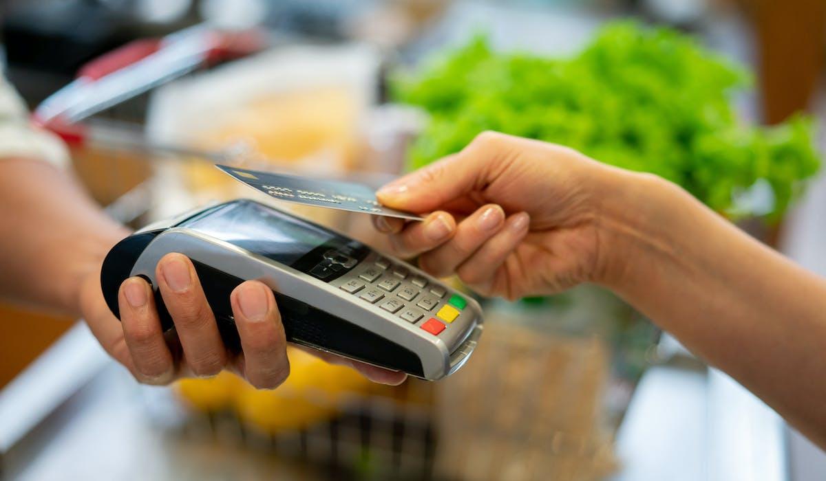 Astuces Pour Faire Des Économies Sur Les Courses coronavirus : les gestes à adopter pour faire vos courses
