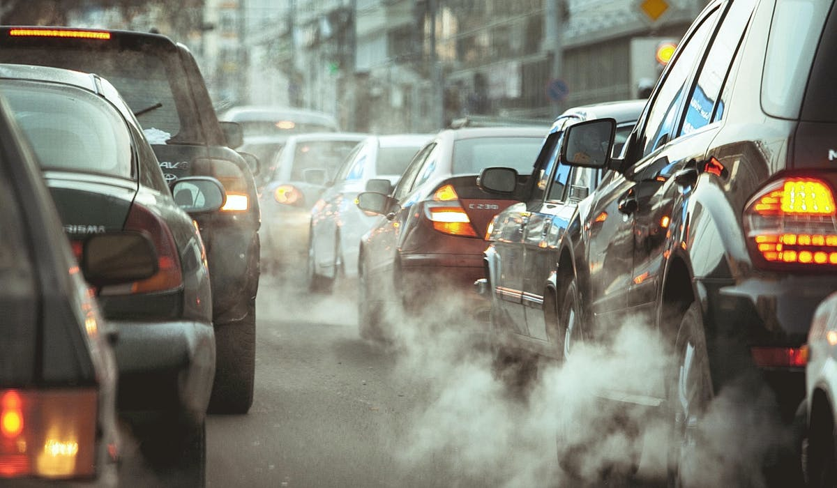 Les émissions de certains polluants ont fortement baissé.