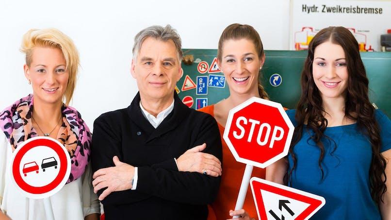 Confinement : comment continuer à préparer le permis de conduire ?