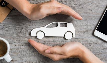 Assurance auto et deux-roues : comment baisser la facture pendant le confinement ?