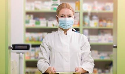 Masques alternatifs : les pharmacies, bureaux de tabac et supermarchés vont en vendre