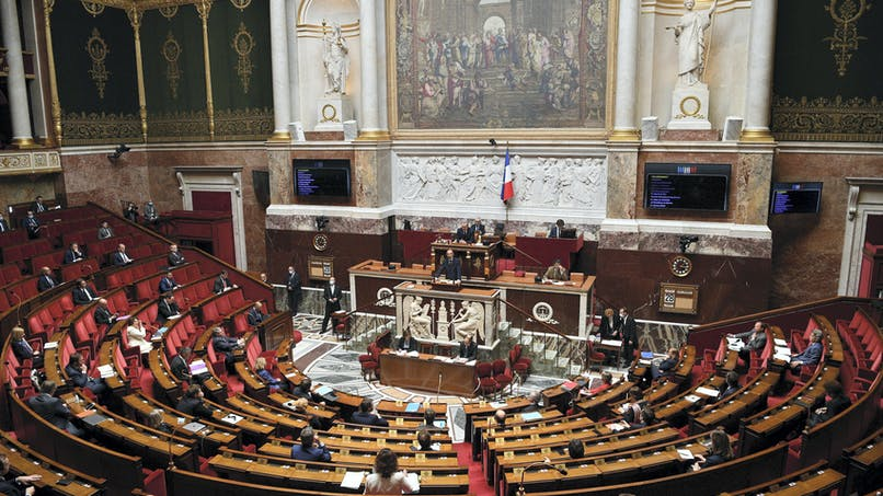 Discours d'Edouard Philippe: comment la France va «vivre avec le virus» à partir du 11 mai