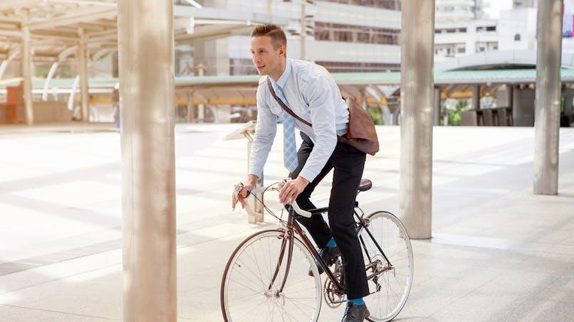 Vélo, covoiturage : 400 €de vos frais de déplacement domicile-travail pris en charge par l'employeur