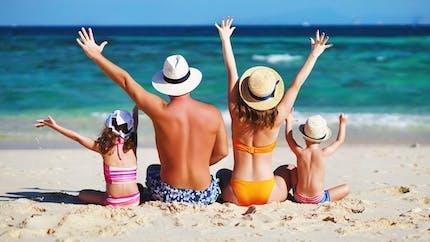 250 000 familles modestes recevront 300 € en chèques-vacances
