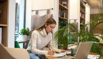 Micro-entrepreneurs: vous pouvez recevoir une aide de 1 392 €