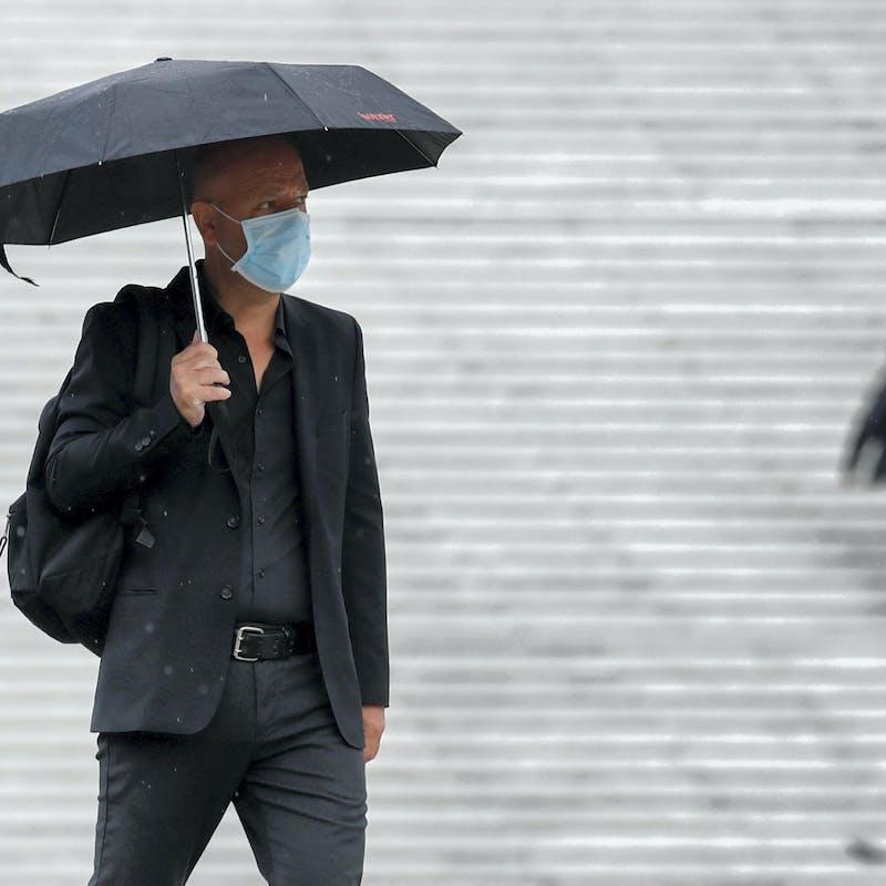 Qui doit payer les masques obligatoires en entreprise?