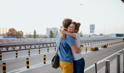 Crise sanitaire : difficiles retrouvailles pour les couples binationaux