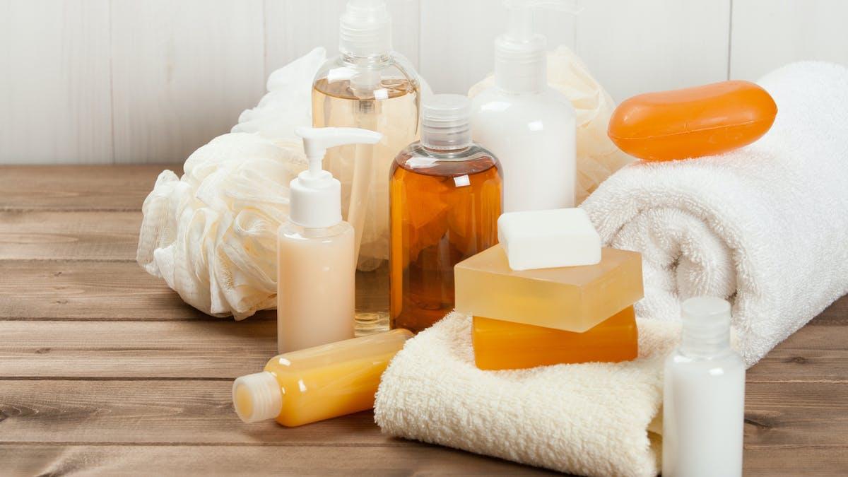 Savon à la glycérine, des crèmes au miel, des eaux florales : que du naturel