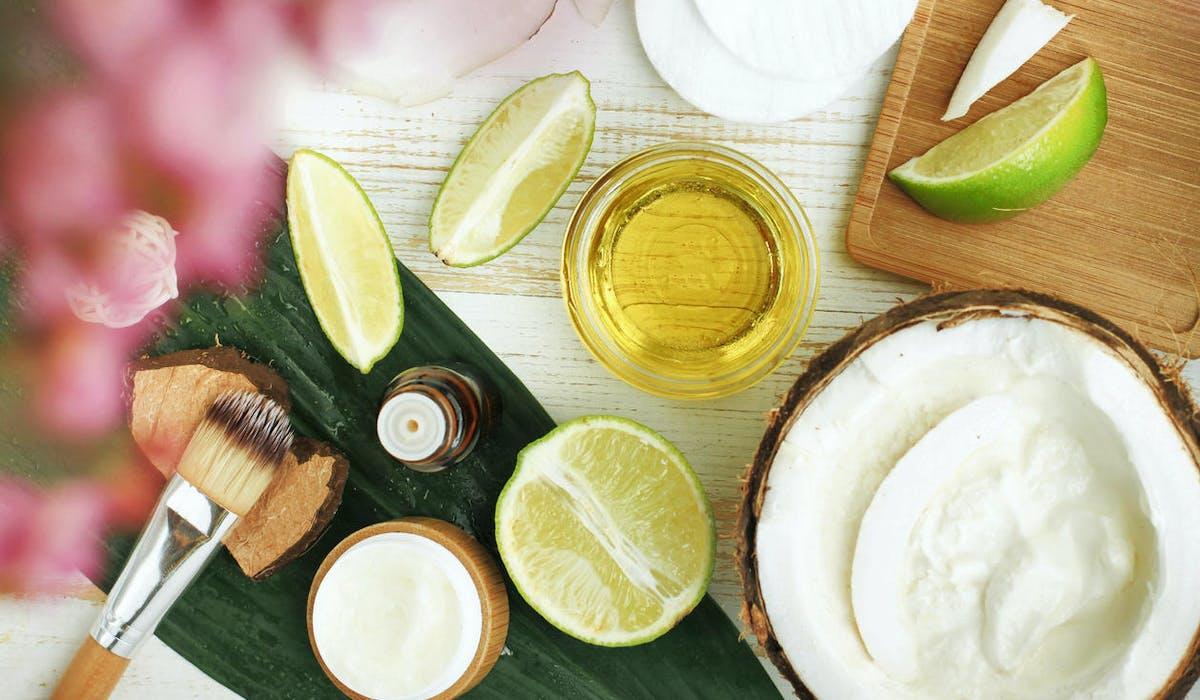 Huile, citron, coco pour fabriquer un shampooing