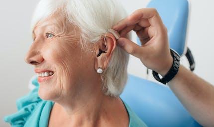 Aides auditives : retrouvez une bonne ouïe au juste prix