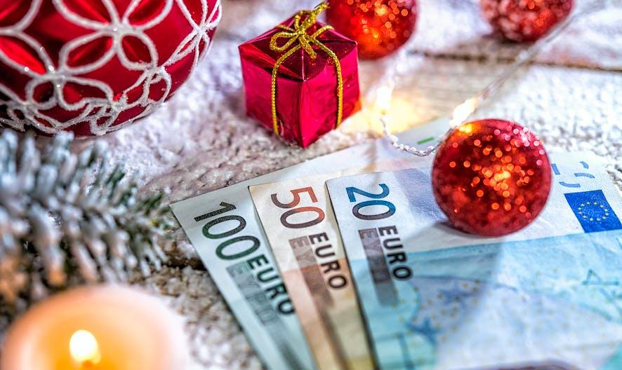Prime de Noël 2020 : conditions, montants, date de versement
