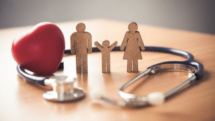 Complémentaire santé : peut-on changer en étant malade et/ou âgé ?