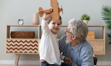Retraite : quelle majoration pour avoir élevé un enfant qui n'est pas le sien ?