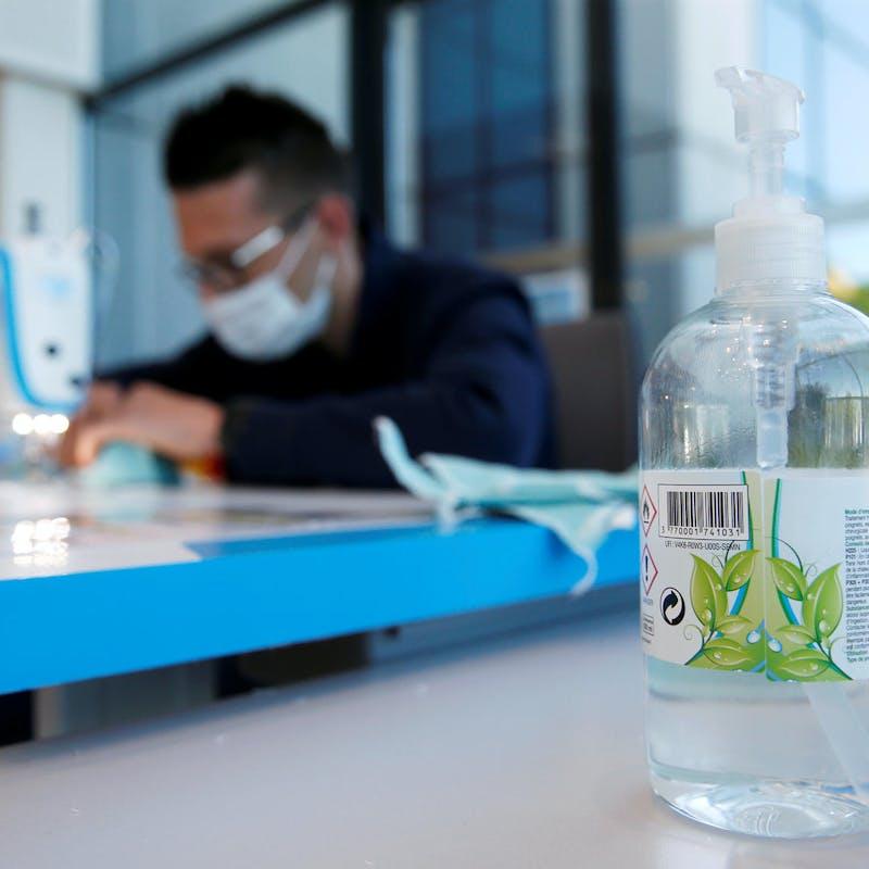 Près d'un gel hydroalcoolique sur quatre déclaré non-conforme et dangereux