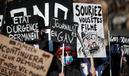 Agression de Michel Zecler: quelles peines risquent les quatre policiers mis en examen?