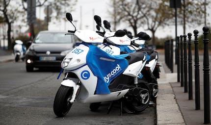 Les motos et scooters électriques autorisés à circuler sur les voies de bus