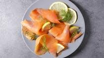 Saumons et truites fumés : trop de sel et de produits toxiques liés au fumage