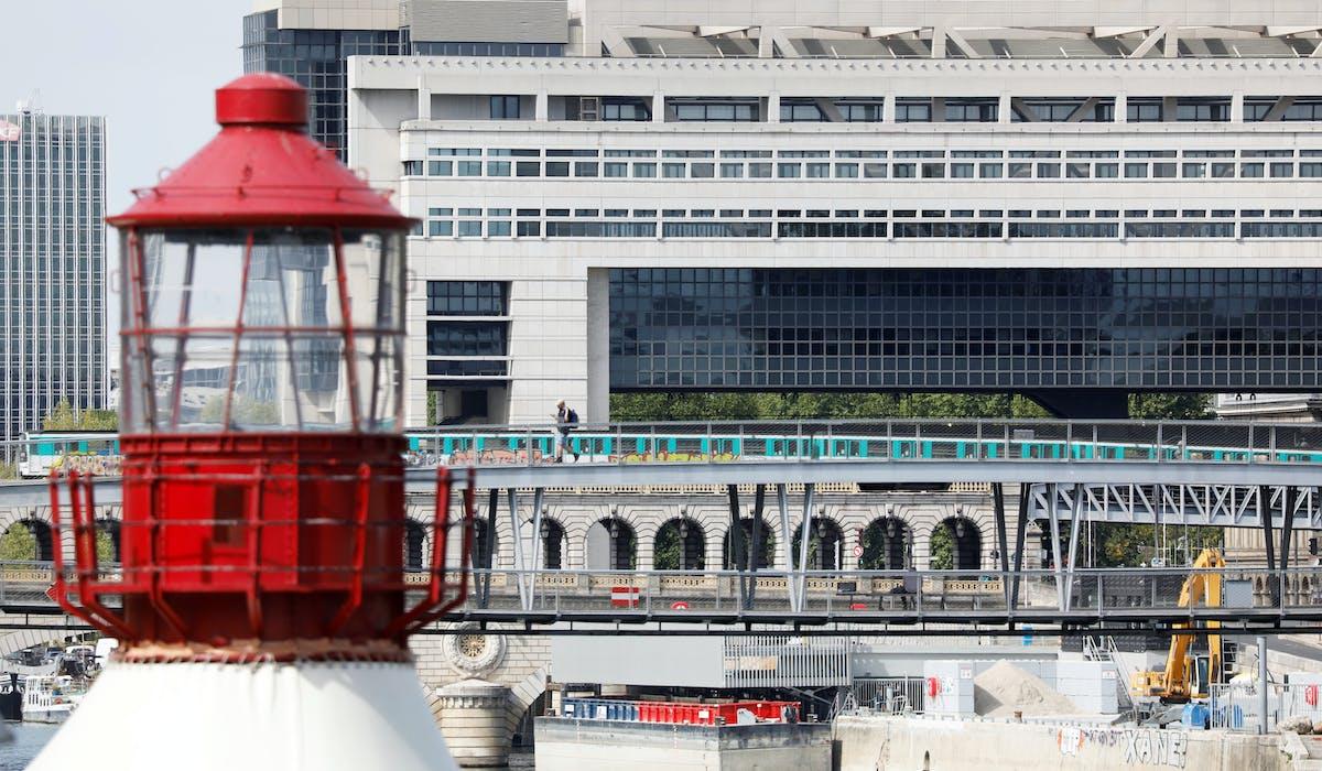 Ministère de l'Economie, des finances et de la relance, Bercy, métro, Paris