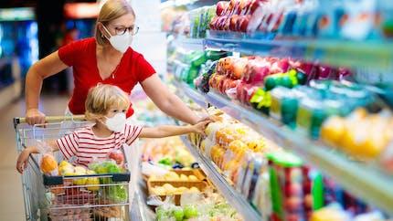 Alimentation : les fruits et légumes bio ne sont pas forcément moins chers dans les supermarchés