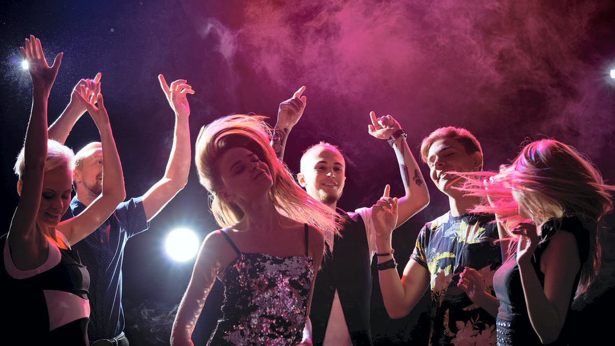 Fête, soirée, danse, jeunes