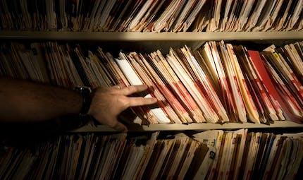 Vie privée: le gouvernement renforce trois fichiers géants malgré les critiques