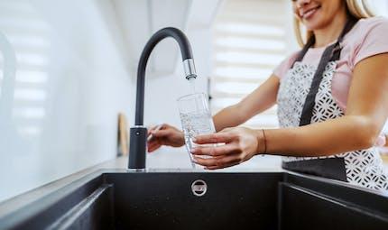 Que valent les purificateurs d'eau du robinet ?