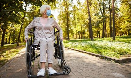 Confinement : ce qui est prévu pour les personnes handicapées et les aidants