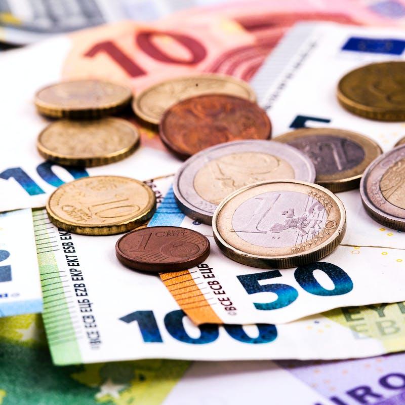 RSA : la justice donne le droit aux bénéficiaires de posséder de l'épargne