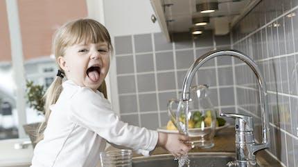 Pesticides, pollution : vérifiez si votre eau du robinet est de bonne qualité
