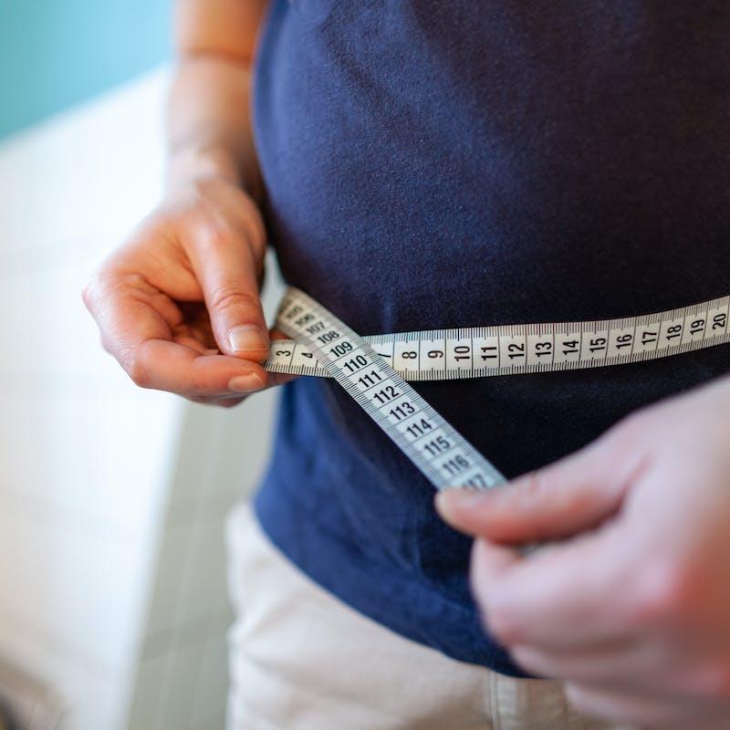 Vaccination ouverte aux personnes obèses: comment calculer son IMC?