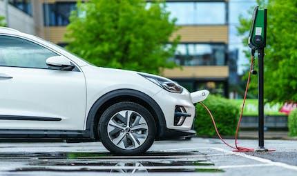 Voitures électriques : bientôt moins chères que les véhicules thermiques ?