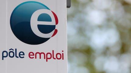 Travailleurs précaires: l'aide mensuelle de 900€ prolongée jusqu'à fin août
