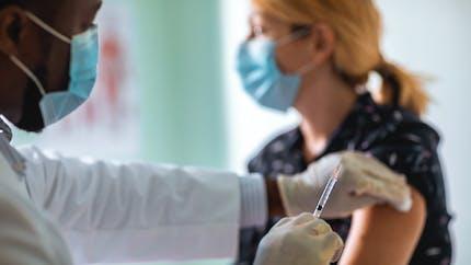 Vaccination en entreprisecontre le Covid-19: les règles applicables