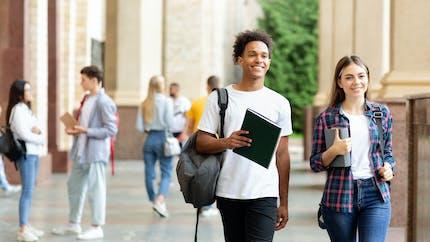 Bourses de collège et de lycée : c'est le moment de la demander !