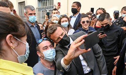 Que risque l'homme qui a giflé Emmanuel Macron ?