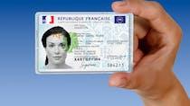 Nouveau format avec puce : tout savoir sur la nouvelle carte d'identité française