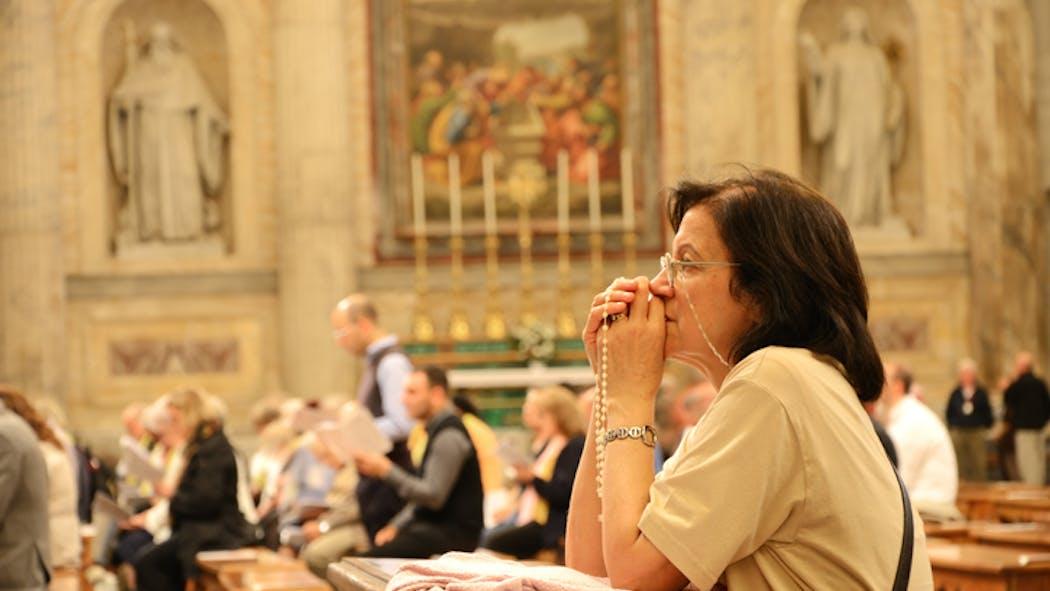 Dons aux associations religieuses: 75% de réduction d'impôt jusqu'à fin 2022