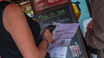 Pass sanitaire: que risquent les fraudeurs?