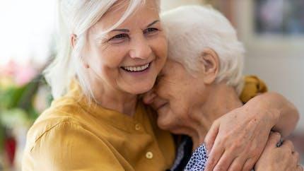 Départ en retraite: comment récupérer vos trimestres de proche aidant?