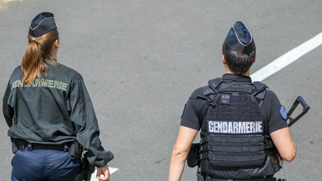 Occupation illicite d'une partie commune : une amende forfaitaire peut être versée