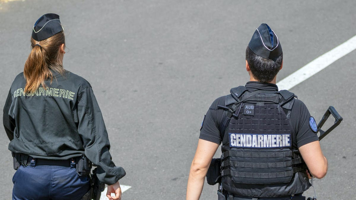 Gendarmes, route