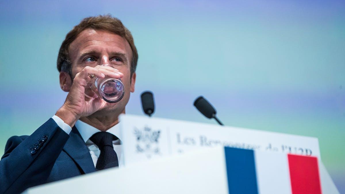 Emmanuel Macron, verre d'eau, discours, Union des entreprises de proximité