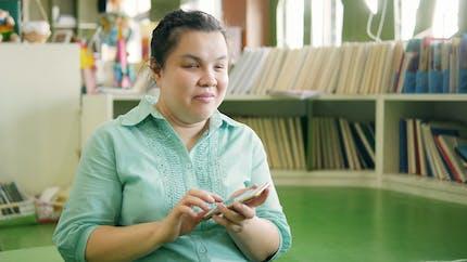 Handicap: les appels téléphoniques accessibles aux personnes sourdes et aveugles