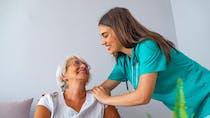 Grand âge et autonomie des seniors: les mesures annoncées par Jean Castex