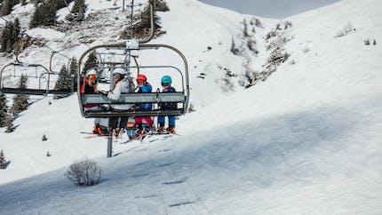 Ski: les remontées mécaniques vont pouvoir rouvrir cet hiver