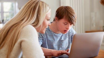PCH: l'aide humaine bientôt accessible aux personnes atteintes de déficience mentale