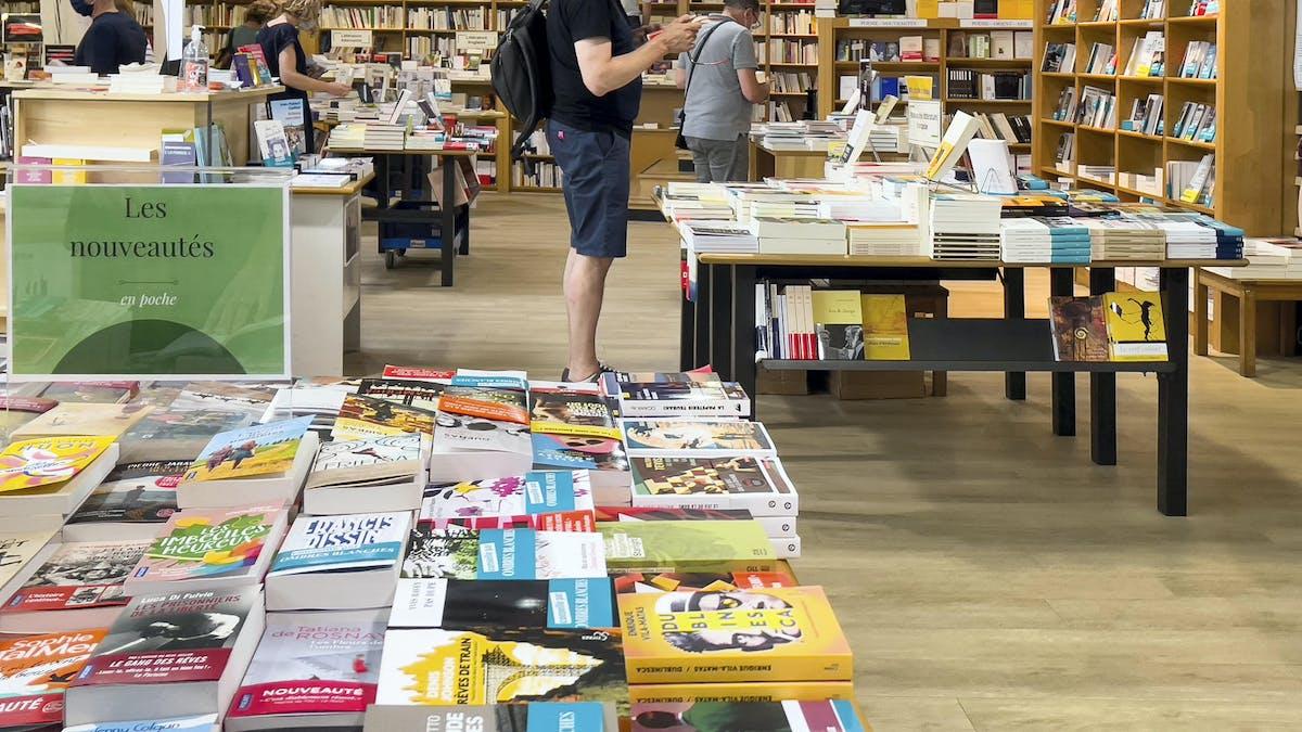 Librairie, Toulouse, livres, bibliothèques, clients