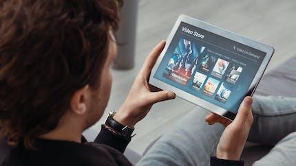 Applis, streaming… Les services numériques seront garantis à partir de 2022
