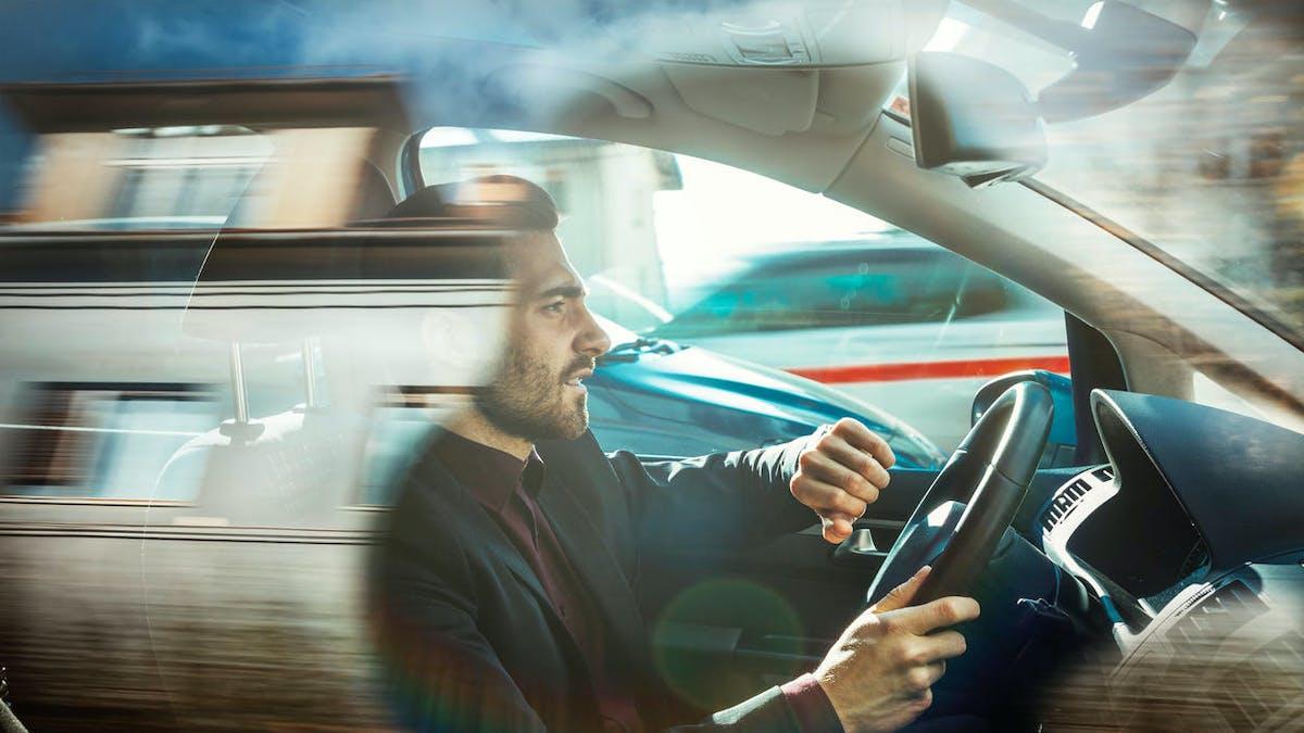 Conducteur, voiture, ville, vitesse