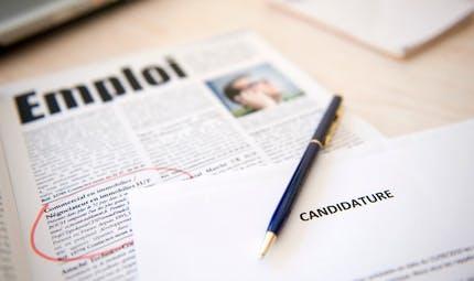 Des annonces d'emploi continuent à être publiées en ligne durant l'été